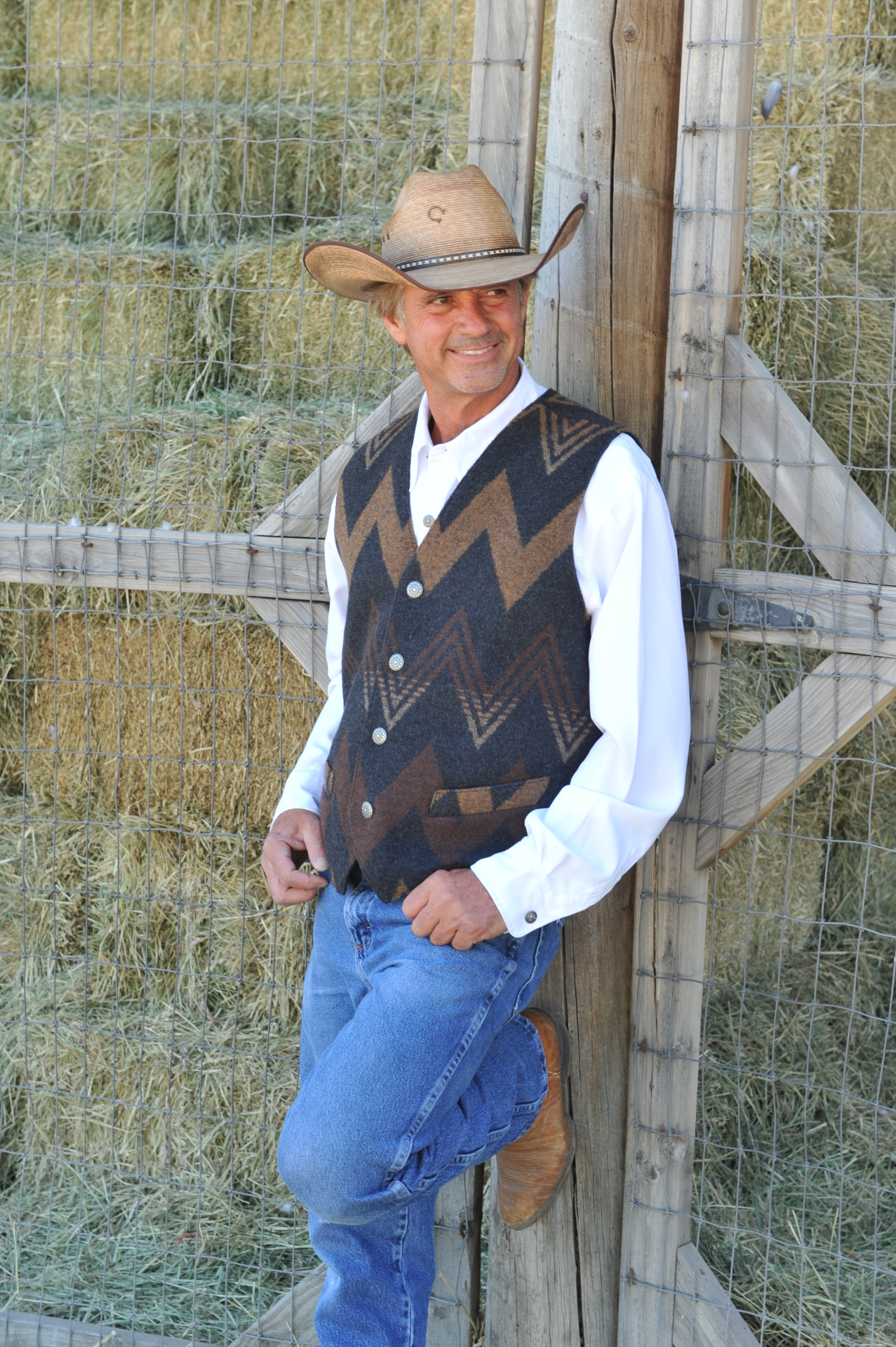 #M150WT - TOFFEE WIGWAM MEN'S VEST - 2X/Slim ONLY!  $125.95